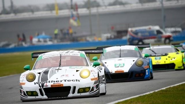 Porsche 911 GT3 R, Alex Job Racing: David MacNeil, Cooper MacNeil, Leh Keen, Shane van Gisbergen, Gunnar Jeannette